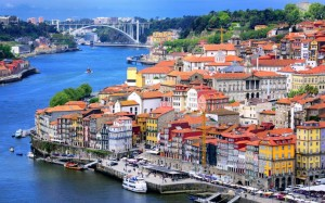 Porto-old-town-and-river-Douro-cropped-xlarge
