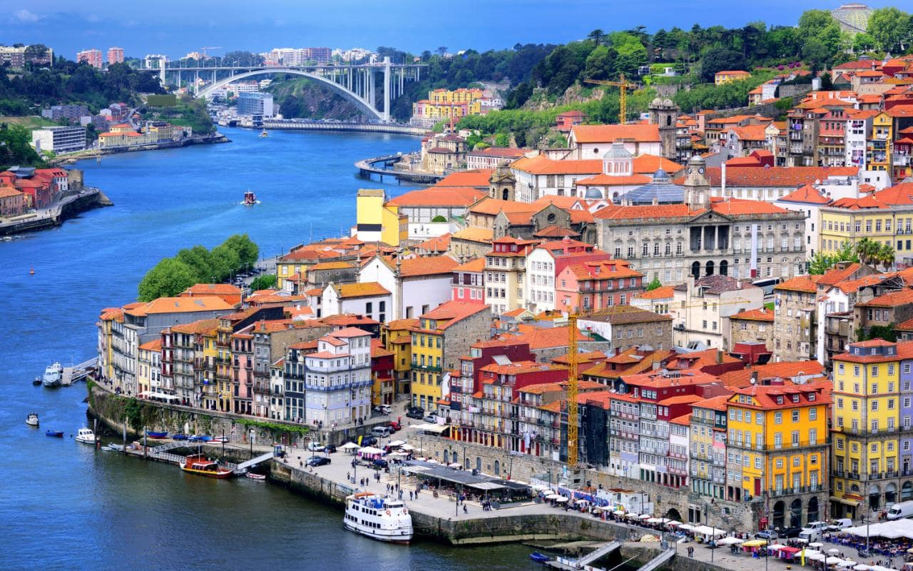 5 Beautiful places to visit in Porto in the month of love