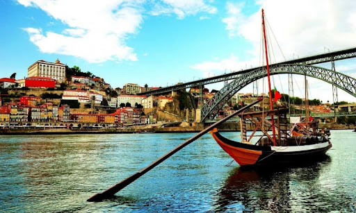 The most exciting places you cannot miss in Porto!